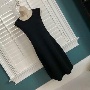 Old Navy XS Black Sleeveless Shift Dress
